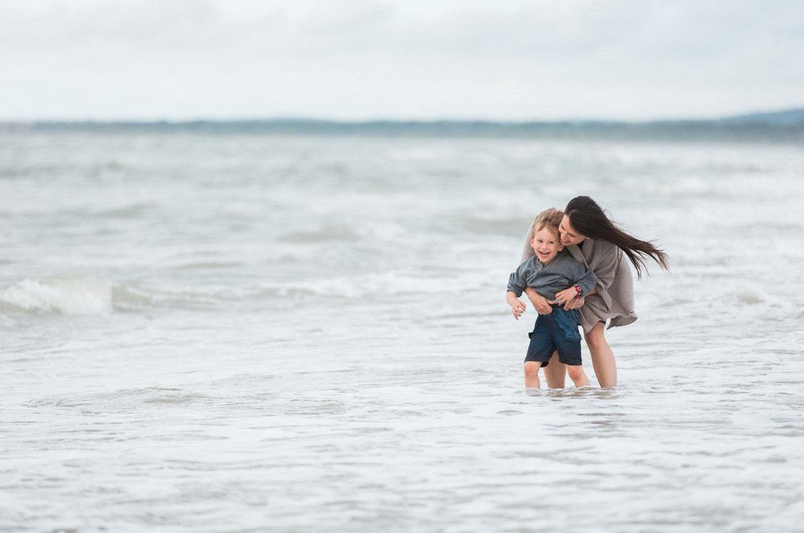 Séance famille en bord de mer