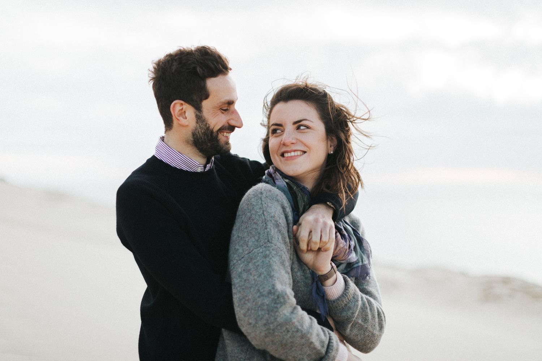 Séance engagement Dune du Pilat, photographe mariage bassin d'Arcachon, photographe mariage Bordeaux
